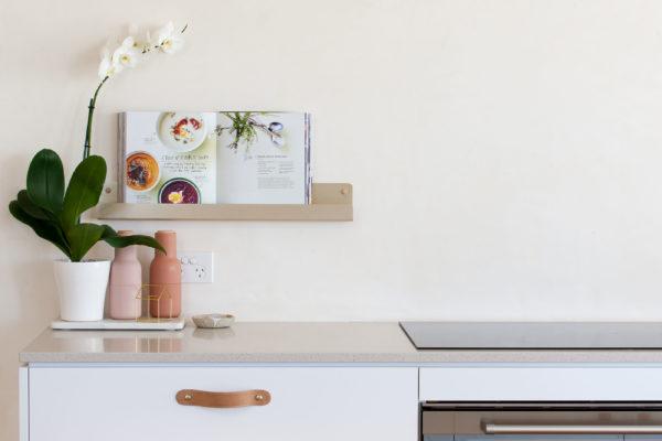 H&G Designs Minimalist Kitchen Design