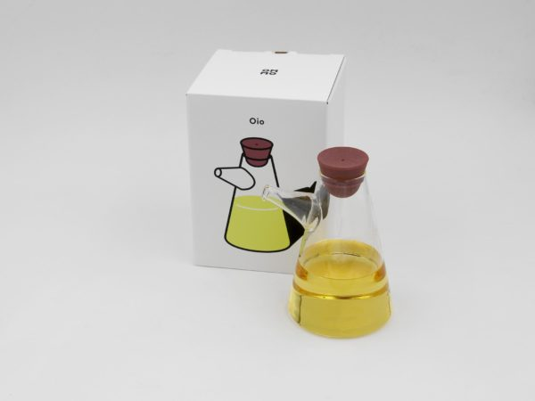 oio vinegar and oil bottle