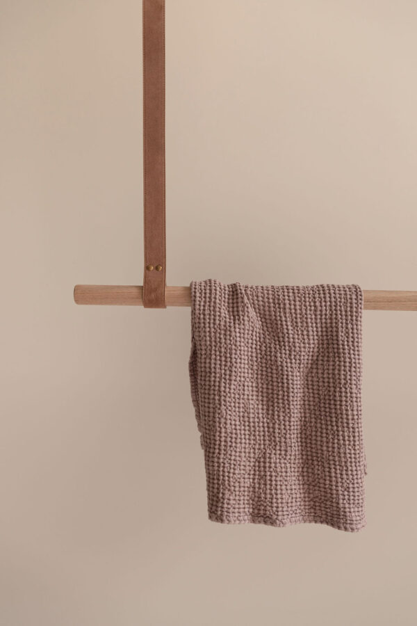 Biscuit Suede Leather Hanging Rail Oak Hanging Rail
